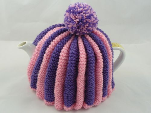 Traditional English Tea Cosy | knitted tea cosy | free knitting ...