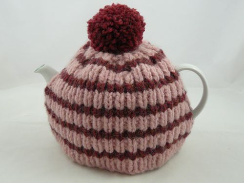 Super Chunky Tea Cosy Knitted Tea Cosy Free Knitting Pattern