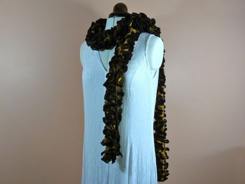 Vertical Ruffled Summer Boa Free Knitting Pattern Knitted Scarf