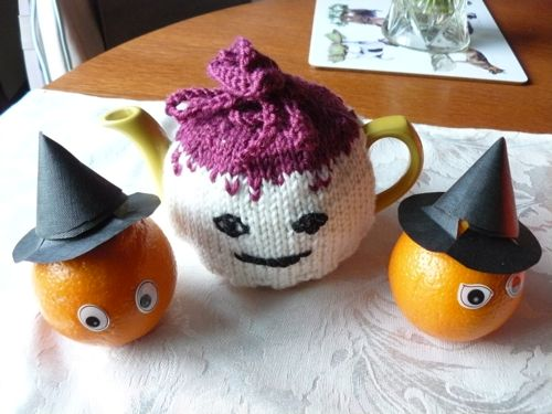 <p>Turnip teacosy</p>