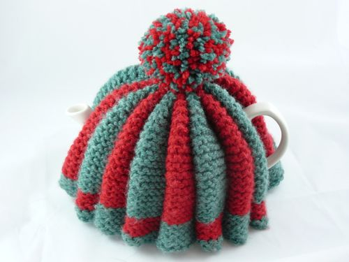 Traditional large tea cosy | knitted tea cosy | free knitting ...