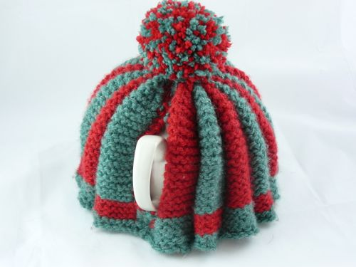 Traditional large tea cosy | knitted tea cosy | free