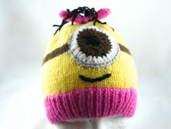 Mrs Minion Hat